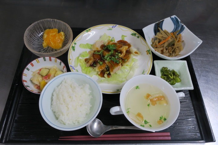 シルバーシティ駒込の昼食一例
