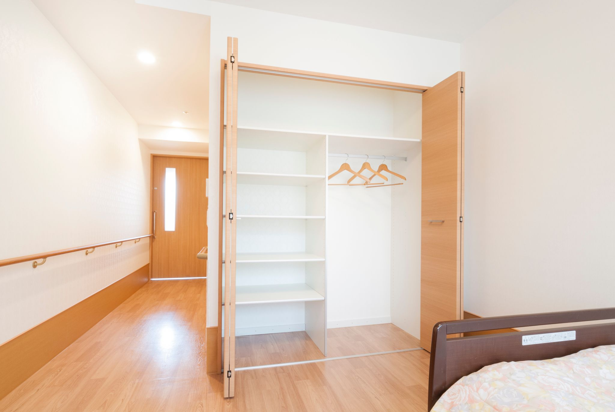 シルバーシティ武蔵野のシングルルーム 211-1号室