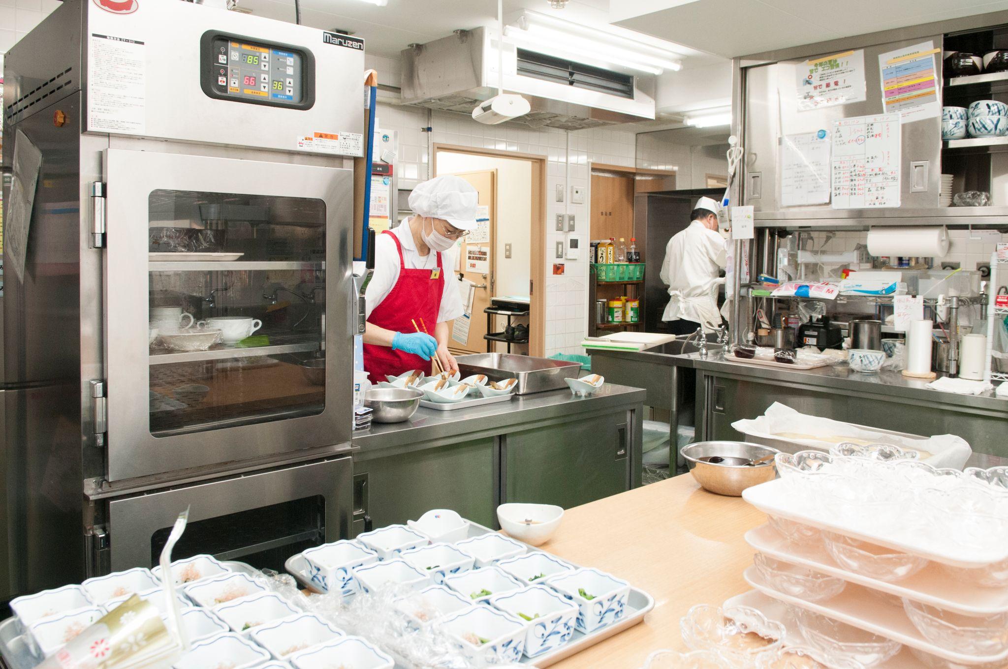 シルバーシティむさしの欅館の厨房