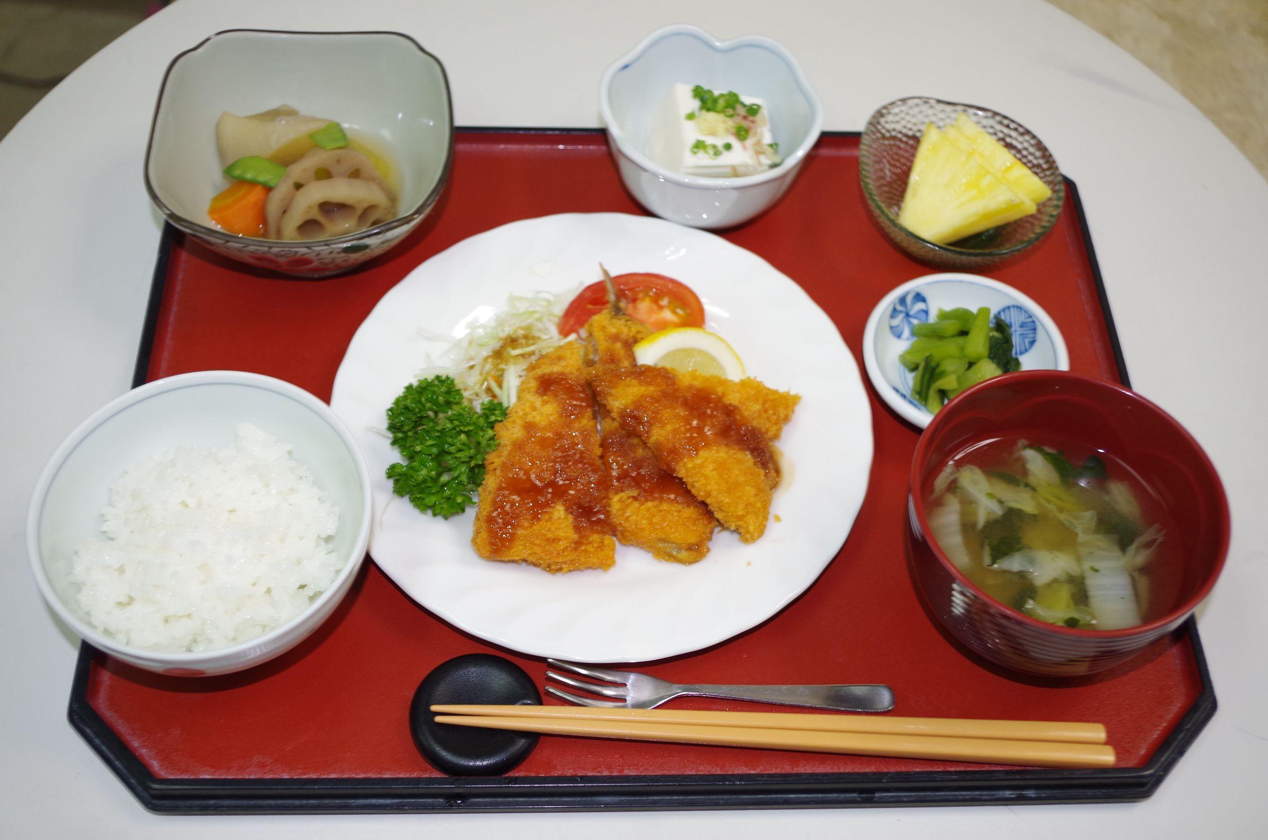 シルバーシティ武蔵境の昼食一例