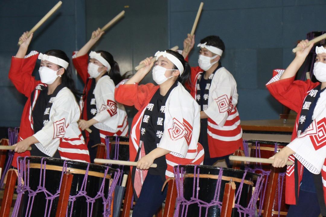 明星のプロ集団和太鼓部。迫力ある演奏を今年もお届け。