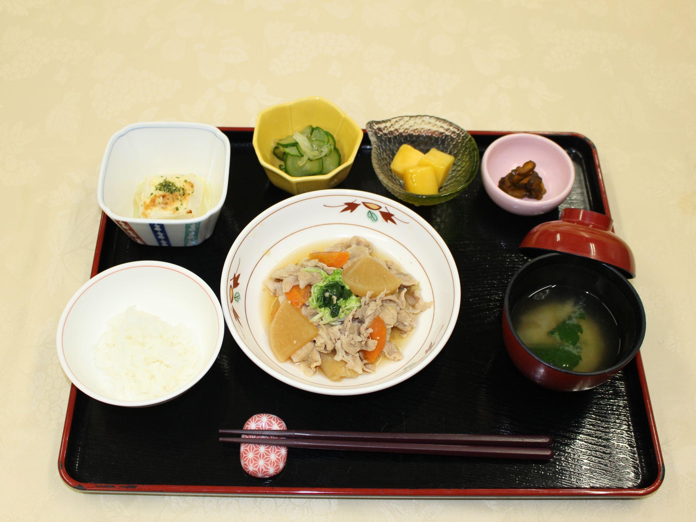 シルバーシティ武蔵野の夕食一例