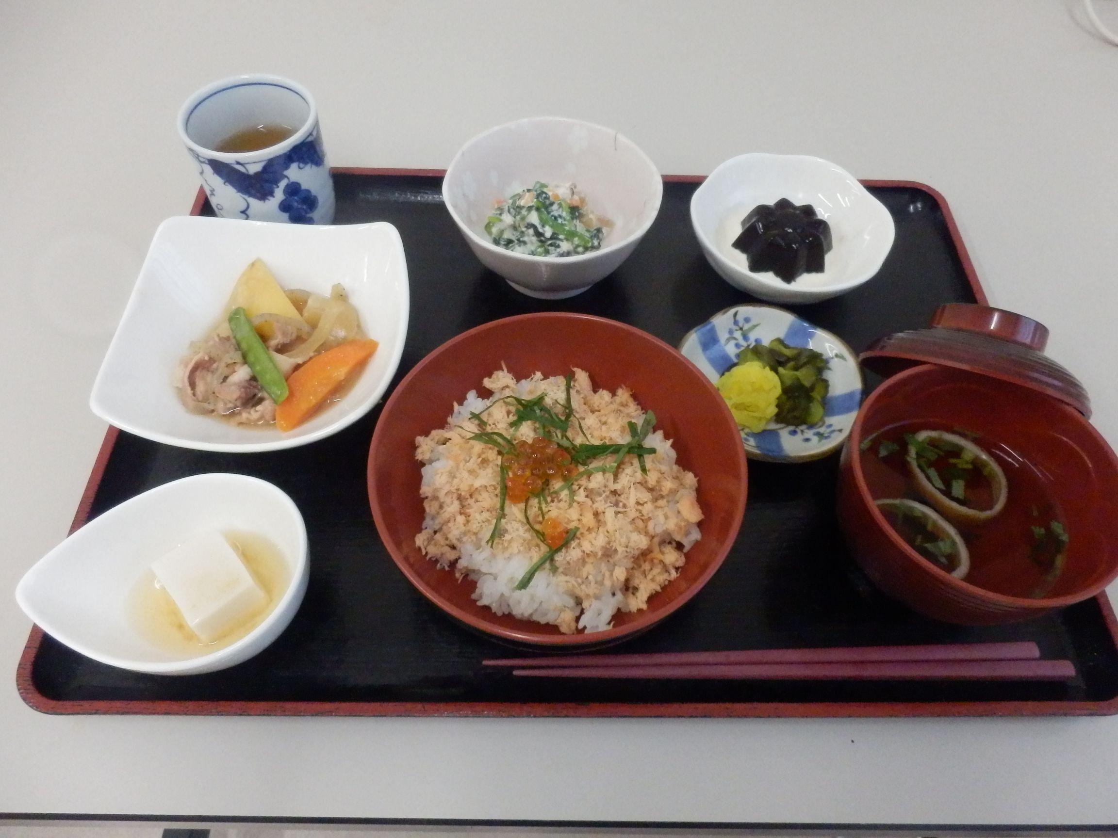 シルバーシティ石神井北館の夕食一例