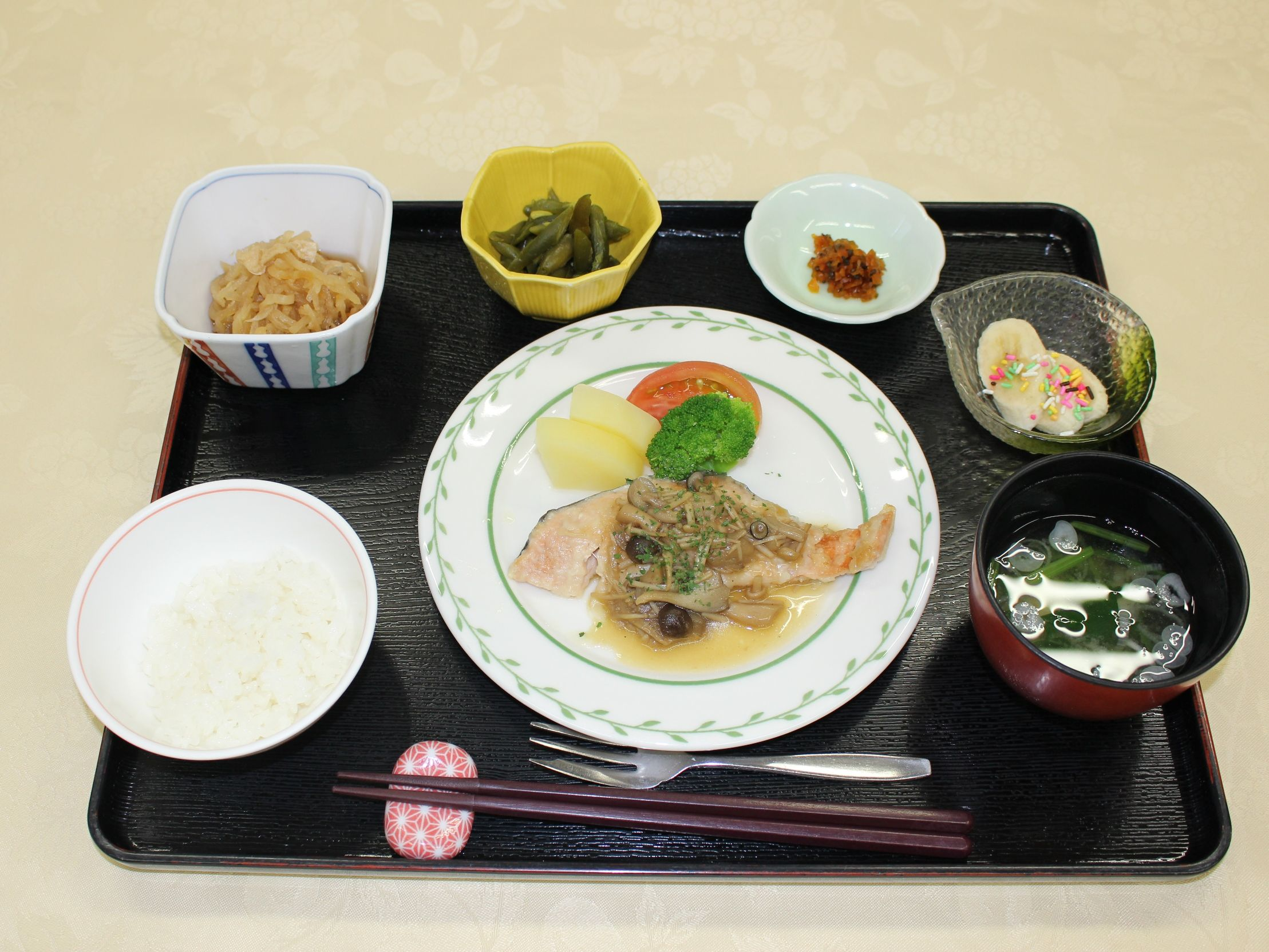 シルバーシティ武蔵野の昼食一例