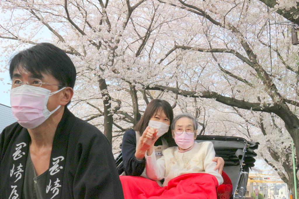 シルバーシティ武蔵野 人力車で桜散歩